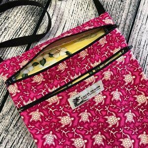 Local Design, Hawaiian, sea turtles, crossbody bag